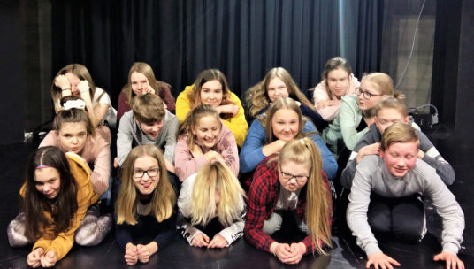 Nuorten teatterin nuoret